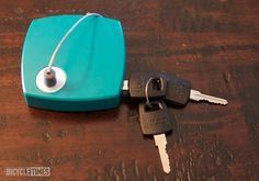 First look: New lock from Knog  - very clever!