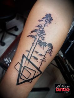 #geometry #trees #tattoo #lamagratattoo