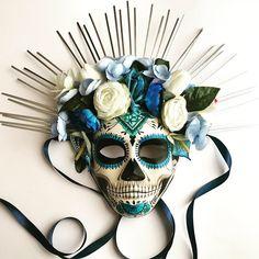 shop of the dead de Muertos mask # mask Day Of The Dead Drawing, Day Of The Dead Artwork, Day Of The Dead Mask, Day Of The Dead Diy, Mask Painting, Body Painting, Sugar Skull Art, Sugar Skulls, Intro To Art