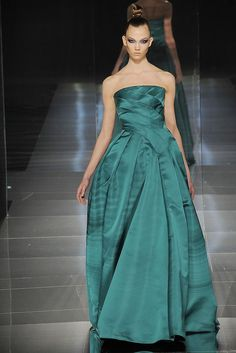 Valentino Spring 2009 Couture Fashion Show - Karlie Kloss (IMG)