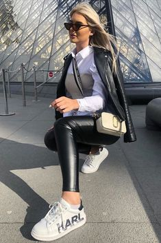 Womens Sports Trainer Style Leather