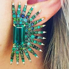 @dschadeygirl for introducing me to this killer pair of tourmaline, emerald and diamond earrings by Amsterdam Sauer -- what an amazing display of strength in color and design!! @amsterdamsauer