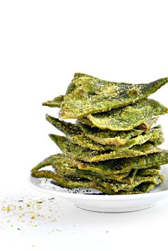 """Cool Ranch"" Spinach Tortilla Chips @forknbeans"
