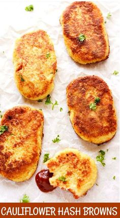 These healthy Gluten-Free Vegan Cauliflower Hash Browns are crisp on the… Oh yes! These healthy Gluten-Free Vegan Cauliflower Hash Browns are crisp on the outside and moist on the inside, so irresistible! Vegan Keto, Vegan Foods, Vegan Dishes, Vegan Vegetarian, Vegetarian Recipes, Paleo, Vegan Lunches, Vegan Raw, Gluten Free Vegan