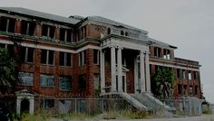 I was born here atJefferson Davis Hospital in downtown Houston, Texas  built in 1925