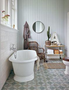 Charmigt och romantiskt – det lantliga badrummet är en dröm - Sköna hem