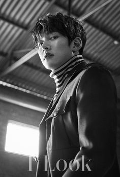 "Even in the gray city, his gaze that is filled with diverse narratives is shining with a strong presence. The deep charisma of actor Ji Chang Wook, who is back with his movie ""Fabricated City… Ji Chang Wook 2017, Ji Chang Wook Healer, Ji Chang Wook Photoshoot, Fabricated City, Netflix, Ji Chan Wook, Drama Funny, Empress Ki, Look Magazine"