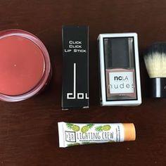 List of organic, vegan, nontoxic monthly beauty boxes.