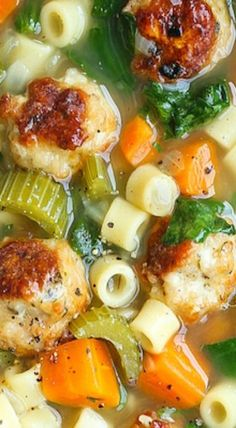Summer Minestrone with Turkey Meatballs A hearty soup with all of your favorite vegetables! It's fresh, it's warm and it's so cozy even in the summertime! - summer minestrone with turkey meatballs New Recipes, Dinner Recipes, Cooking Recipes, Favorite Recipes, Healthy Recipes, Summer Soup Recipes, Summer Minestrone Soup Recipe, Cooking Fish, Healthy Soup