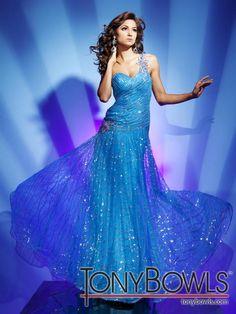 Tony Bowls Le Gala 112541 Prom Dress guaranteed in stock