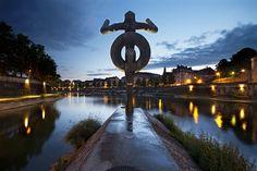 The Guardian of Besançon | Le minotaure veille sur la ville...