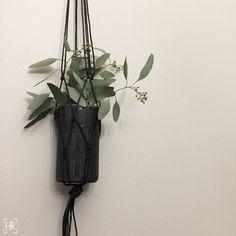 Secondhand Christmas? | HEIDI RISKU - Arabia Oliivi vase recent secondhand find | Eucalyptys from Anemone Vaasa.