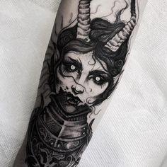 Piercing m shadows piercings Leg Tattoos, Black Tattoos, Body Art Tattoos, Sleeve Tattoos, Tatoos, Tattoo Sketches, Tattoo Drawings, Trendy Tattoos, Cool Tattoos