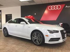 Take advantage of thousands in savings on the remaining 2016 Audi A7's!!