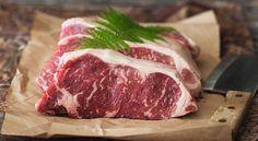 Come scongelare la carne velocemente (e senza microonde)