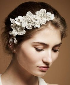 Jenny Packham Bridal Headdress Collection - Belle The Magazi.- Jenny Packham Bridal Headdress Collection – Belle The Magazine Jenny Packham Bridal Headdress Collection – Belle The Magazine - Wedding Headdress, Bridal Fascinator, Bridal Headpieces, Floral Headdress, Flower Headpiece, Floral Crown Wedding, Bridal Lace, Bridal Style, Floral Crowns