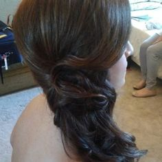 Italian destination wedding hairstylist