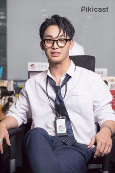 피키캐스트 - 우주의 얕은 재미 Hyunsik Btob, Lee Changsub, Yook Sungjae, Lee Minhyuk, Boys Who, My Boys, Im Hyun Sik, Fans Cafe, Crazy People