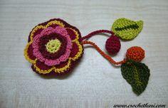 Crochetkari: Crochet flower pen drive cozy