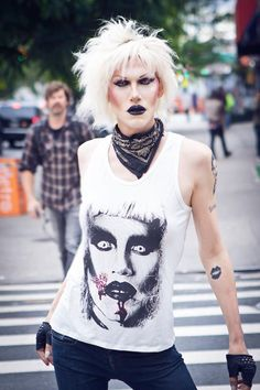 If I saw this bitch on the street, I might per my pants. Love love love