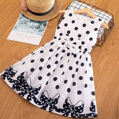 Age 2-3 Years Cream //Gold// Bow BNWOT Mini Mode Sleeveless Party Dress Girls