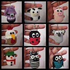 Portachiavi ovetti kinder amigurumi fatti da me Knitting ProjectsKnitting For KidsCrochet ProjectsCrochet Baby Crochet Kids Hats, Crochet Gifts, Cute Crochet, Crochet Animals, Crochet Yarn, Crochet Toys, Amigurumi Doll, Amigurumi Patterns, Knitting Patterns