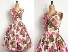 vintage 1950s dress / 50s pink floral cotton party dress