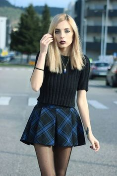 skirt sweater grunge alternative make-up jewelry tights tartan plaid skirt…