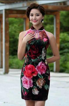 Elegant and Sexy Modern Short Cheongsam - Qipao Cheongsam & Dresses - Women Oriental Dress, Oriental Fashion, Asian Fashion, Moda China, Cheongsam Dress, Floral Fashion, Beautiful Asian Women, Ao Dai, Sexy Asian Girls