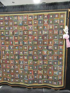 Busy Thimble: Visitors and More Maine Show Quilts