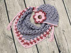 Čepička a šátek...