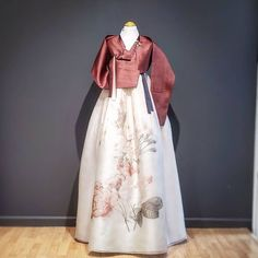 𝗕𝗗𝗞 MINT hanbok (@bdkmint) • Instagram photos and videos My Style Quiz, Custom Made, Tulle, Mint, Photo And Video, Chic, Skirts, San Francisco, Instagram