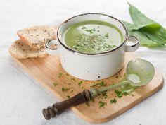 Toma nota de esta receta saludable, una crema depurativa de apio, fácil de preparar y con un sabor rico y original.