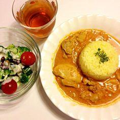 サフランライスも炊いて。美味しいーo(^▽^)o - 4件のもぐもぐ - 作ってみたかった!バターチキンカレー♫ by kemetaku49