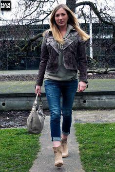 """Annika in Blonde No.8 Jacke, Frogbox Hoodie-Shirt, True Religion """"New Boyfriend"""" Jeans, Vic Stiefeln und mit GGL Tasche"""