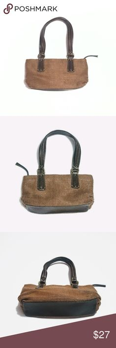 """Fossil 1954 Woven/Leather Satchel Bag Tan/Brown Excellent condition. Dark tan/camel woven exterior and dark brown leather trim. Adorable floral interior, 1 zippered pocket, zipper along top. Leather in good condition. No key fob.  11"""" long along bottom, 6"""" high (not including straps), 7 1/4"""" strap drop, 3.5"""" depth when flat/empty.  Pics taken in different lighting so you can get an idea of the colors. Colors best seen in the 4th pic Fossil Bags"""