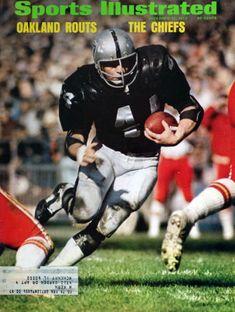 Raiders Players, Oakland Raiders Football, Raiders Baby, Nfl Football Players, Nfl Oakland Raiders, Pittsburgh Steelers, Time Raiders, Football Memes, School Football