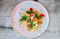 Kärntner Kasnudeln Pasta Salad, Pasta Recipes, Chicken, Hoffmann, Ethnic Recipes, Gain, Food, Al Dente, Eggplants