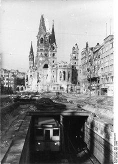 Berlin 1945 Tauentzienstraße, beschädigter U-Bahn-Schacht