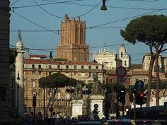 Foto: Piazza Venezia da Via delle Botteghe Oscure