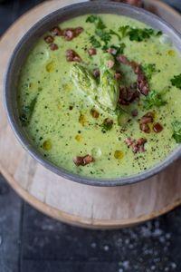 Grüne Spargel-Creme-Suppe - Knusperstübchen