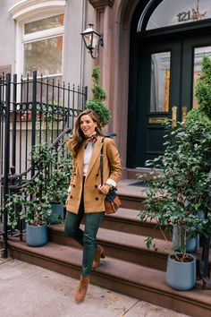 This Item Has Been Taking Over My Fall Style - Gal Meets Glam A classic fall look: I'm wearing my favorite camel coat and suede boots in New York City. I'm sharing many fresh styles for fall in this post! Autumn Look, Fall Looks, Autumn Style, Fall Fashion Trends, Fashion Week, 50 Fashion, Fashion Online, Korean Fashion, Casual Outfits