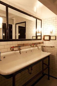 prandial restroom
