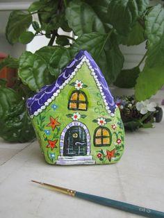 Resultado de imagen para painted rock houses