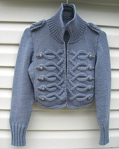 Knit Jacket, Knit Cardigan, Mode Crochet, Big Knits, Mode Vintage, Military Fashion, Military Style, Cool Sweaters, Crochet Fashion