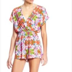 New Everly floral romper jumper S Floral pattern, short sleeve, crossover neckline. New. Everly Other