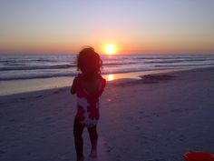 Evening Sunsets on Lido Beach #SarasotaMagazine