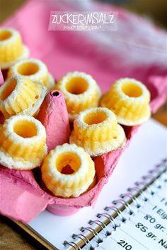 Superzarte Vanille-Minigugls für Rafi mit Streuseln