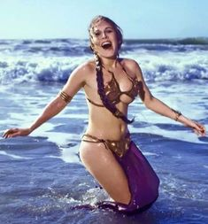12274341_10153645090776488_8607276975329809480_n Leia Star Wars, Star Wars Art, Star Trek, Starwars, Princess Leia Bikini, Princess Leia Slave Costume, Le Retour Du Jedi, Hollywood, Beautiful Women Pictures