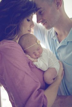 love this pose for a newborn shoot. Love that they are taking up the whole…